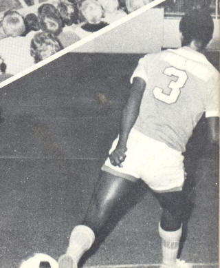NASL Soccer Los Angeles Aztecs 74-75 Indoor Road Back Ramon Moraldo