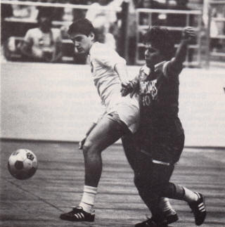 Rowdies 83-84 Indoor Road Tatu, Cosmos