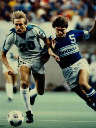 Sounders 80 Home Tommy Hutchison, Whitecaps