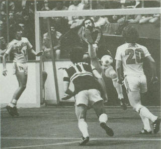Sting 80-81 Indoor Road Back Mark Simanton, Drillers Pasquale DeLuca