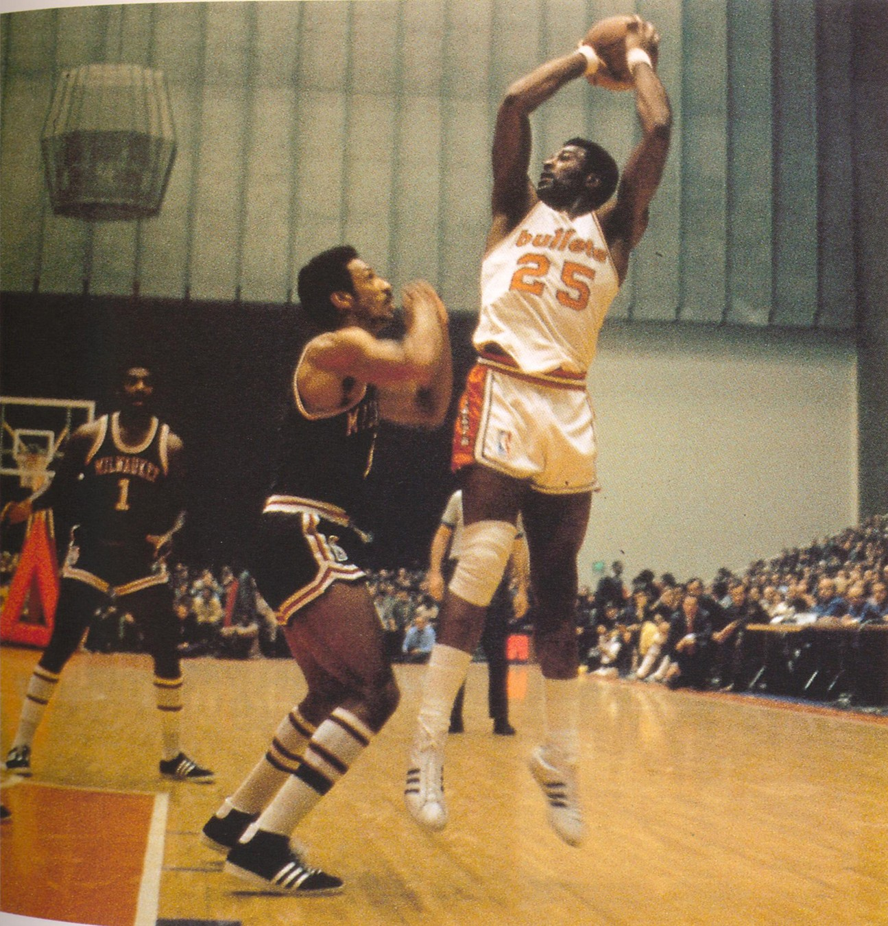 Bob Johnson Leroy >> ABA Players-Gus Johnson